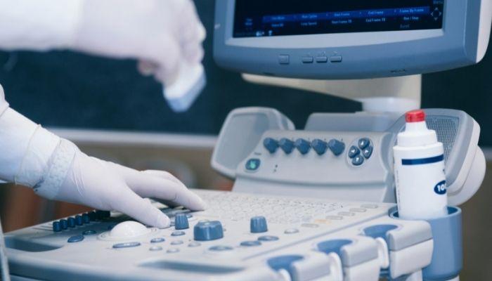 zastavit-testovat-zdravotnická zařízení